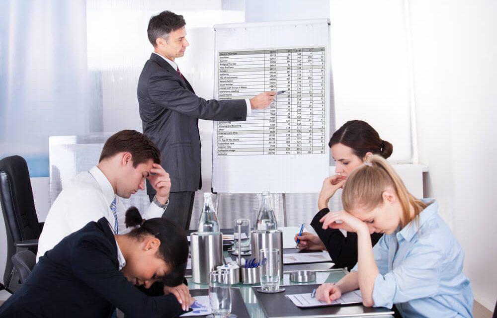 Gafes em reunião de negócios: 5 dicas para ficar longe delas