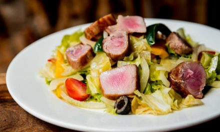 4 saladas que podem acompanhar muito bem o seu churrasco